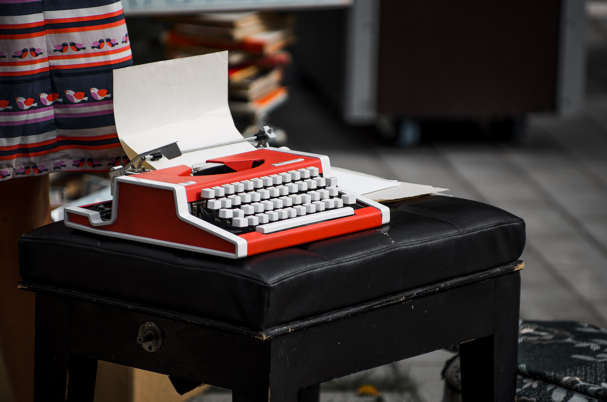 Kirjutusmasin taust fotograaf Sulev Lange Tartus