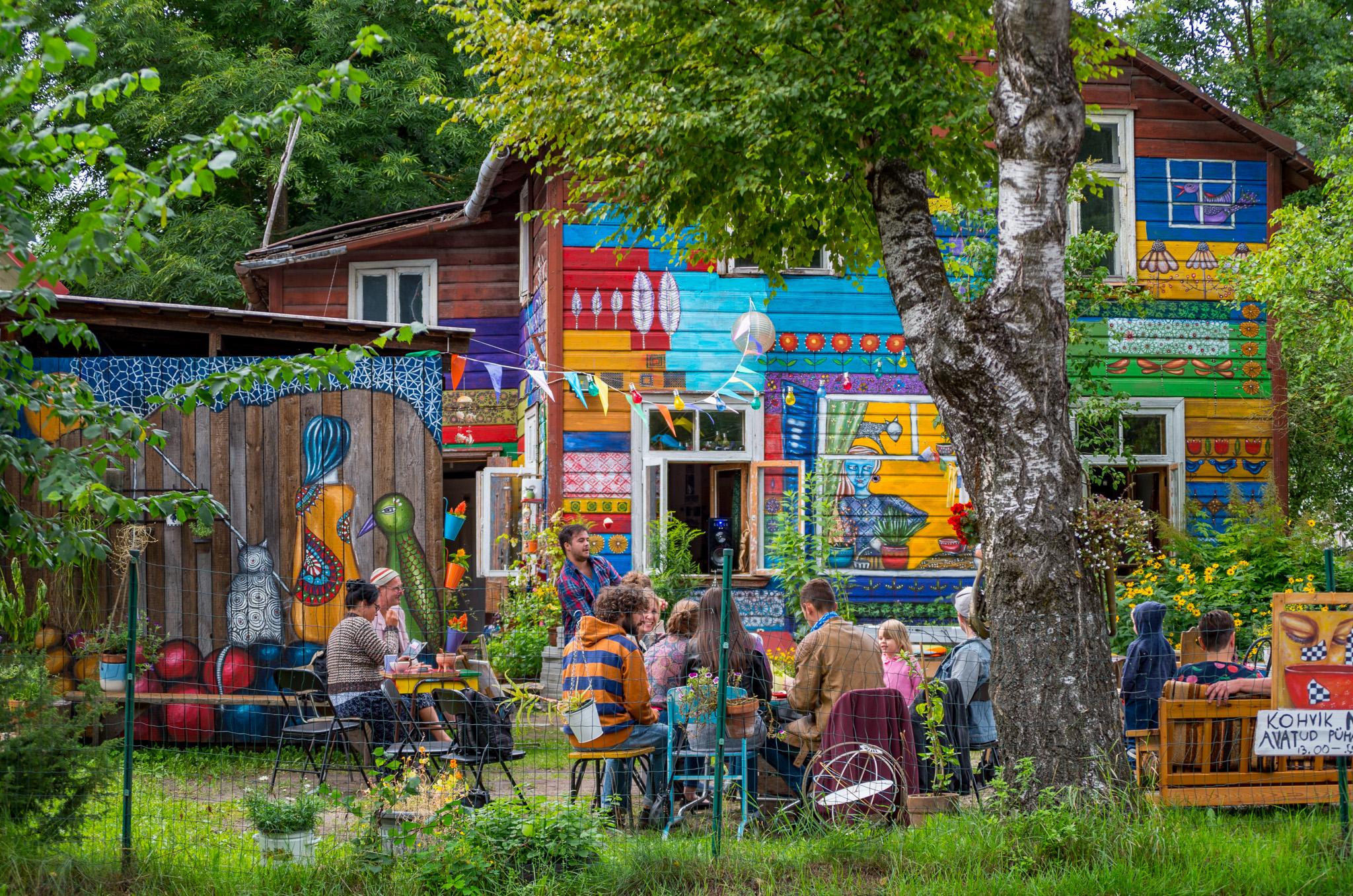 Kohvik Naba, fotograaf Sulev Lange